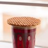 How_to_eat_a_stroopwafel